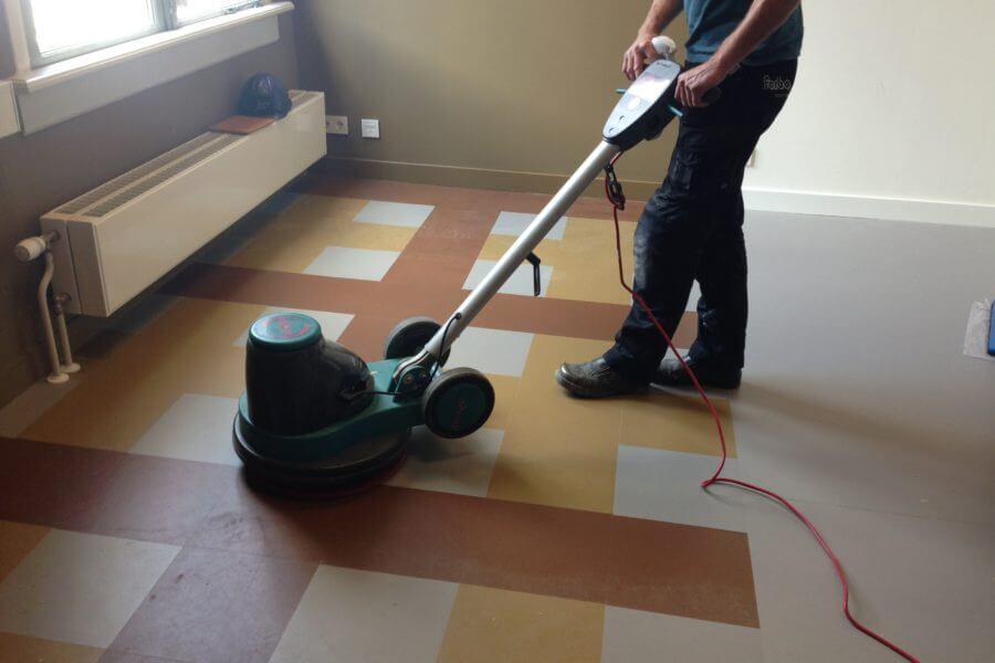 Linoleum Vloer Onderhoud : Onderhoud van linoleum en pvc vloeren schilten schoonmaak