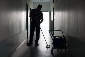 Professioneel schoonmaak van vve en trappenhuis