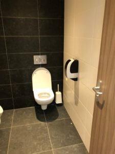 wc-ruimte-schilten-schoonmaak